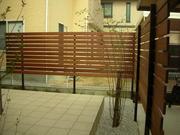 木製の目隠しフェンス